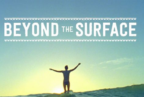 Beyond the surface - Female Surfer in India